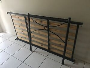 SOLID SINGLE BED Warner Pine Rivers Area Preview