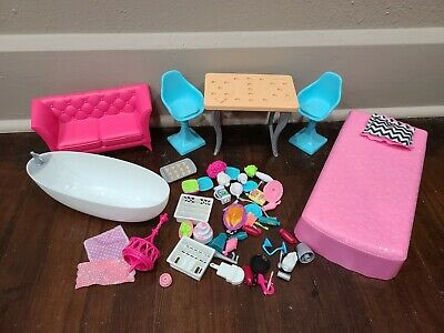 2015 Barbie Dreamhouse Bedroom Bathroom Kitchen Furniture and Accessories Lot