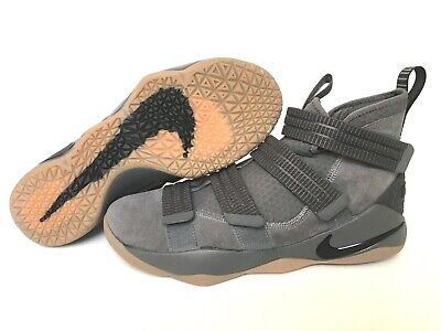628948633a0 Nike Lebron Soldier XI SFG Size 11 Grey Gum Basketball Shoes 897646-003