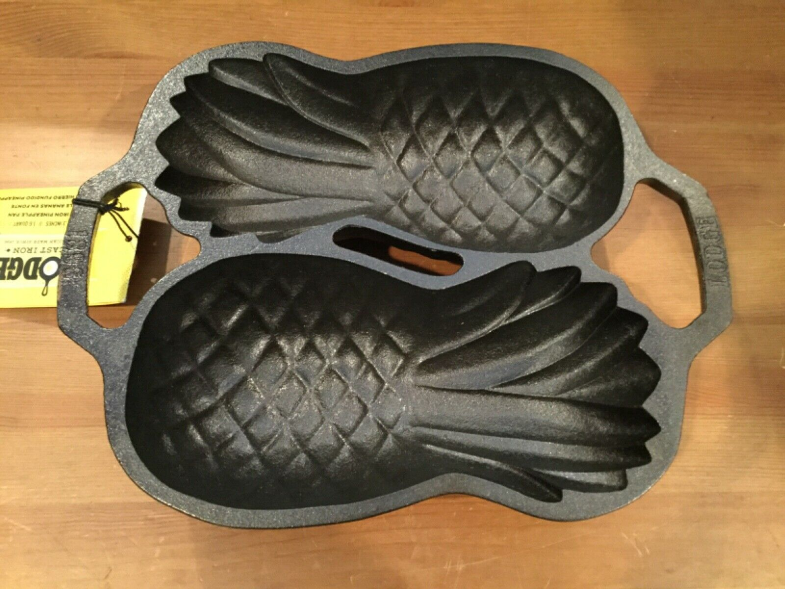 cast iron 12 pineapple 3d cake pan
