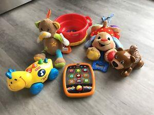 Jouets interactifs pour bébé/ enfant (vtech, etc)
