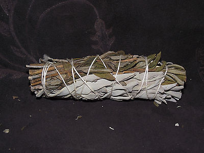 SAGE WHITE AND LAVENDER SMUDGE STICK SPIRIT REMOVAL  PURIFICATION