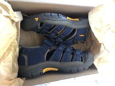 Boys Brand New Blue Keen Sandals Size 13