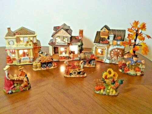 "VTG. AUTUMN~FALL VILLAGE ☆ 10 Pc. PORCELAIN ☆ LIGHTED ☆ 5"" H☆ DECORATIVE ☆IN BOX"