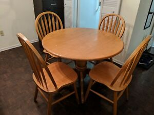 Round Dining Table with 4 Chairs (Solid Wood)