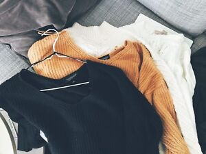 Selling sweaters in good conditions Topshop/Banana Republic/Gap