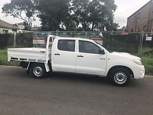 2010 Toyota hilux Turbo diesel 12 months registration Pendle Hill Parramatta Area Preview