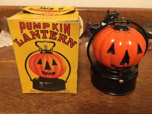 VINTAGE HALLOWEEN PUMPKIN JACK O LANTERN METAL GLASS LIGHTED NICE 1950s BOX