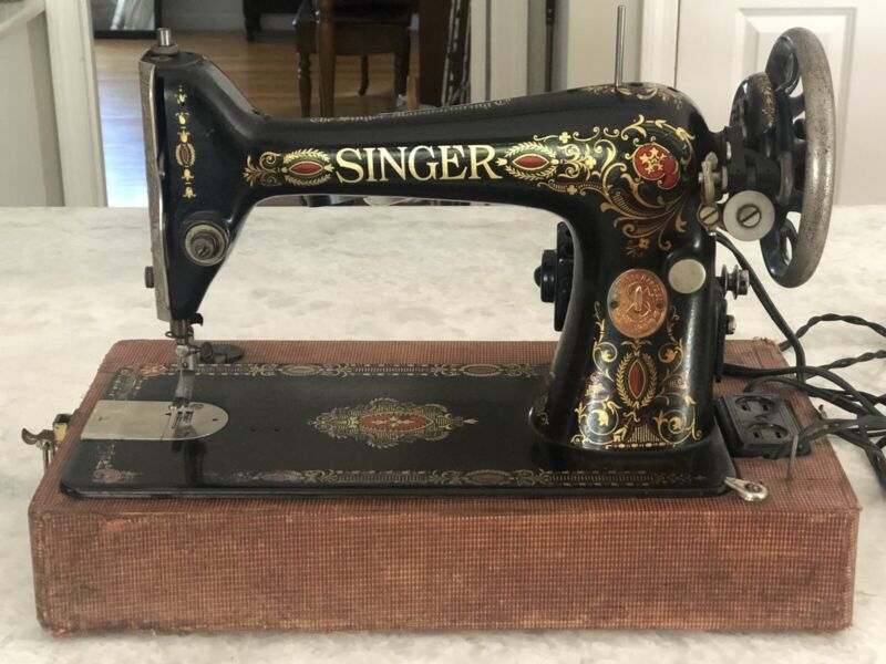 Antique Electric Singer Sewing Machine Red Eye Model 66  With Carrying Case