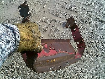 Farmall 504 Rowcrop Tractor Ih Ihc Front Top Nose Cone Gill Mounting Bracket