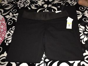 KENNETH COLE DRESSY Pants New with tags