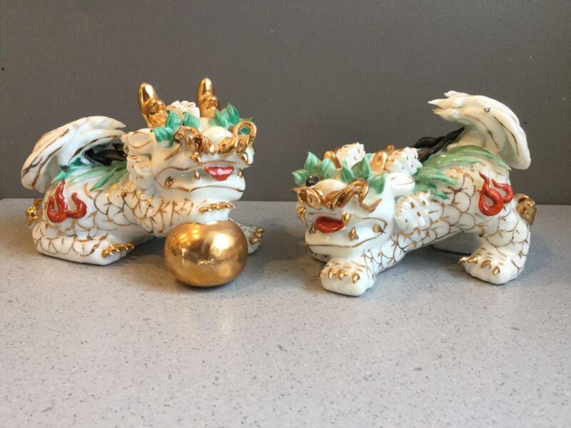 Vtg Pair Kutani Porcelain  Foo Dogs Shishi Guardian Lions Hand Painted Gilded