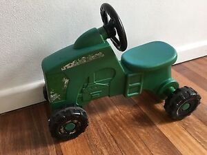 John deer ride on tractor Balgowlah Heights Manly Area Preview