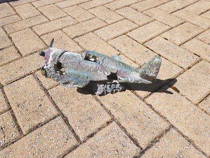 Aquarium/Pond Crashed Plane