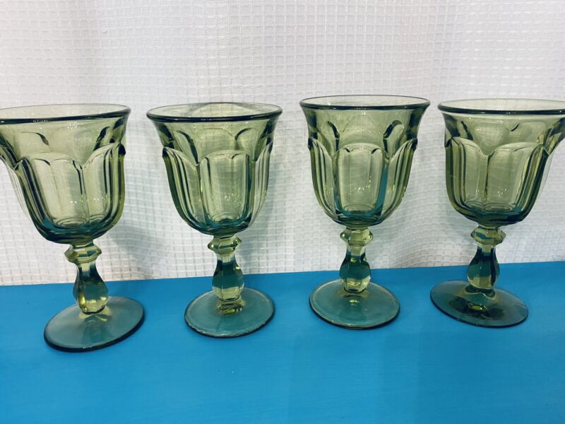 Set of 4 Vintage Imperial Glass Ohio OLD WILLIAMSBURG Verde Green Water Goblet