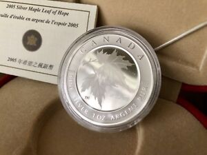 2005 CANADA $5 SILVER MAPLE OF HOPE COIN