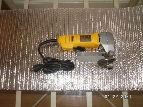Dewalt DW892 14 Gauge 2700 SPM 3A Electric Corded Metal Cutting Shear