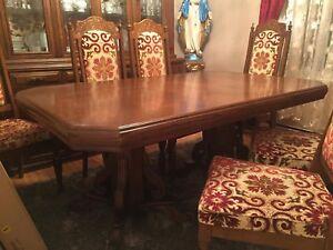 Antique dinning set table & buffet