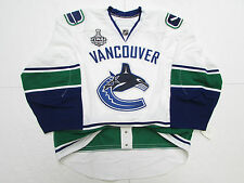VANCOUVER CANUCKS AWAY 2011 STANLEY CUP FINAL REEBOK EDGE 2.0 7287 JERSEY SZ 56