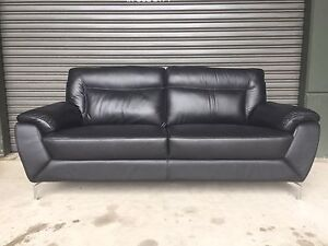 PLUSH LEATHER 2.5 SEAT SOFA LOUNGE COUCH - BLACK - As new cond. Strathfield Strathfield Area Preview