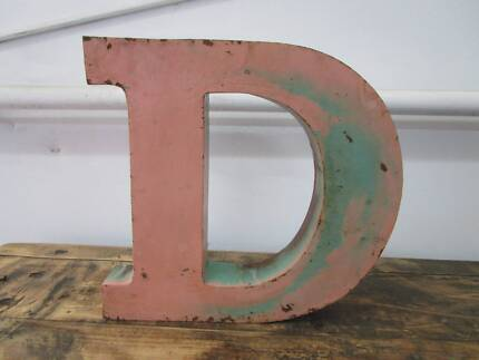 D11086 Metal Pink Teal Green Letter D Industrial Wall Decor