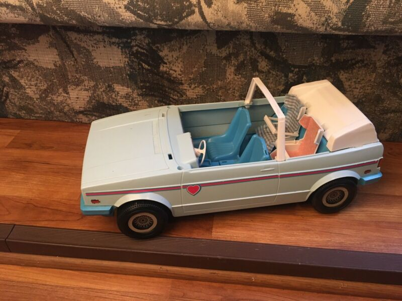 Vintage The Heart Family Car Volkswagen Cabriolet Blue 1981 Mattel