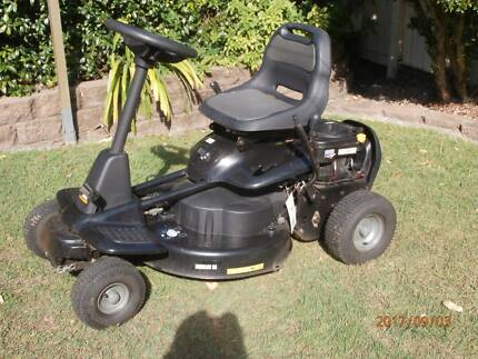 McCulloch Mowcart 66 - Ride On Mower Green Point Gosford Area Preview