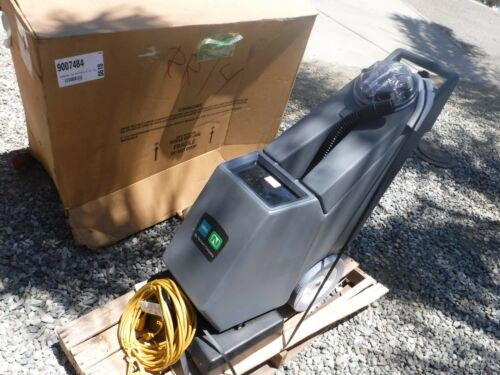 NEW NOBLES SELF-CONTAINED CARPET EXTRACTOR MODEL EX-SC-716