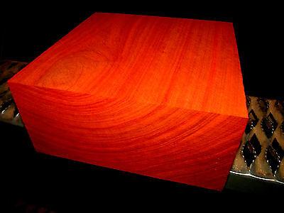 Что касается древесины STUNNING EXOTIC THICK