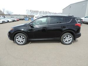2015 Toyota RAV4 Limited Local One Owner, Leather, Navi, Back...