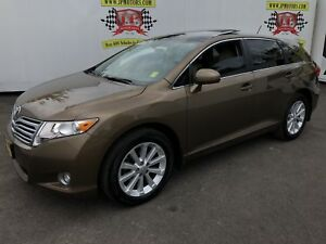 2011 Toyota Venza Automatic, Panoramic Sunroof, Back Up Camera,
