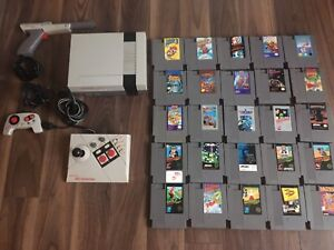 Nintendo NES and 25 games
