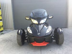2016 Can-Am Spyder® RT-S Special Series SE6