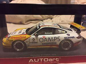 Autoart 1/18 Porsche GT3 Australian carrera cup