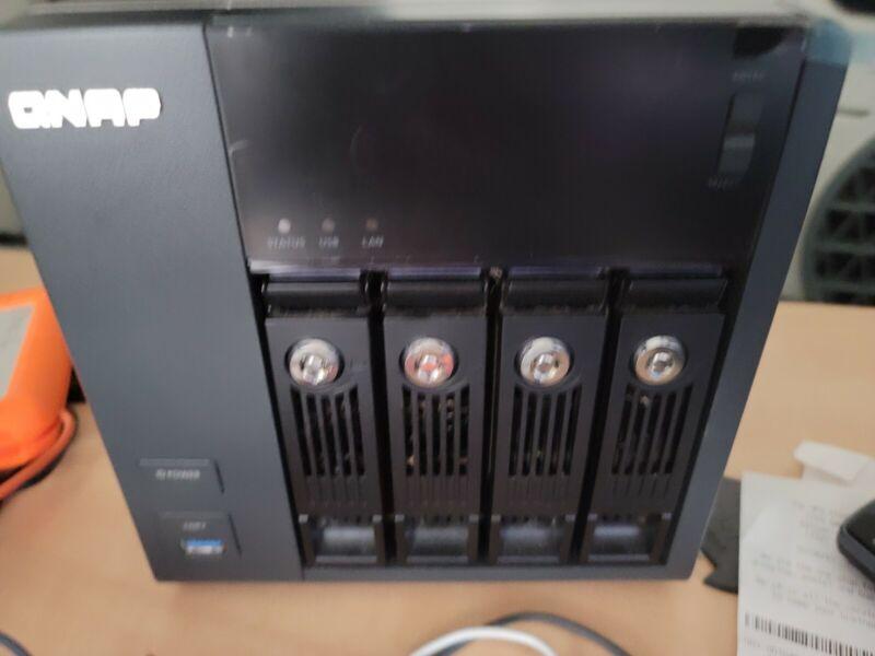 QNAP - Turbo vNAS TVS-471, Home Personal Server