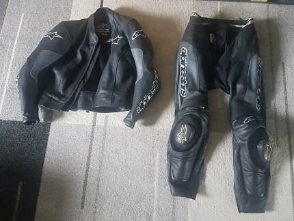 Alpine Stars 2 piece motorcycle leathers