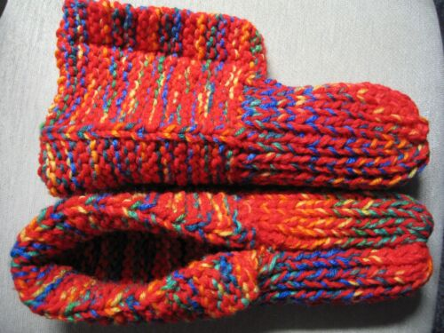 """Amish Handmade Slippers Crayon Red Mix w/cuffs Mens Large Womans X Lg 10 1/4"""""""