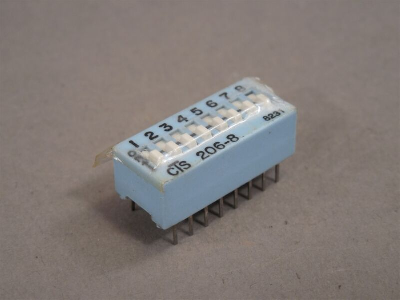 LOT of 50 CTS 206-8 Through-Hole DIP Switch