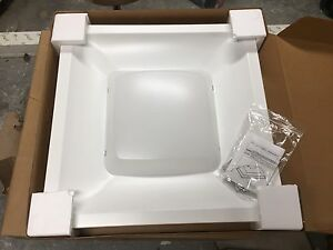 2'x2' Philips LED fixtures brand new