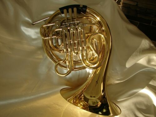 PROFESSIONAL  HOLTON  FARKAS  DOUBLE  **FRENCH  HORN**  MODEL H180 *NEAR  MINT!*