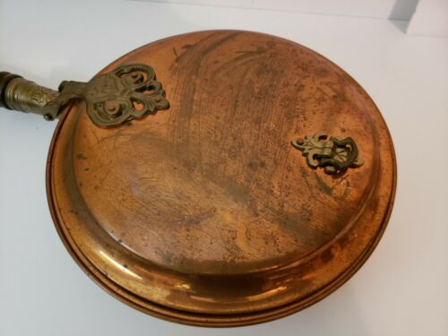 American Antique Copper Flowers Engraved Brass Wood Handle Bed Warmer Fireplace