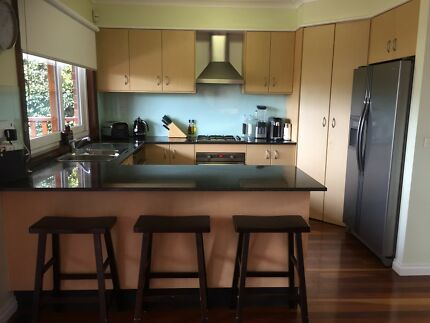 Family Kitchen including top of the range Appliances
