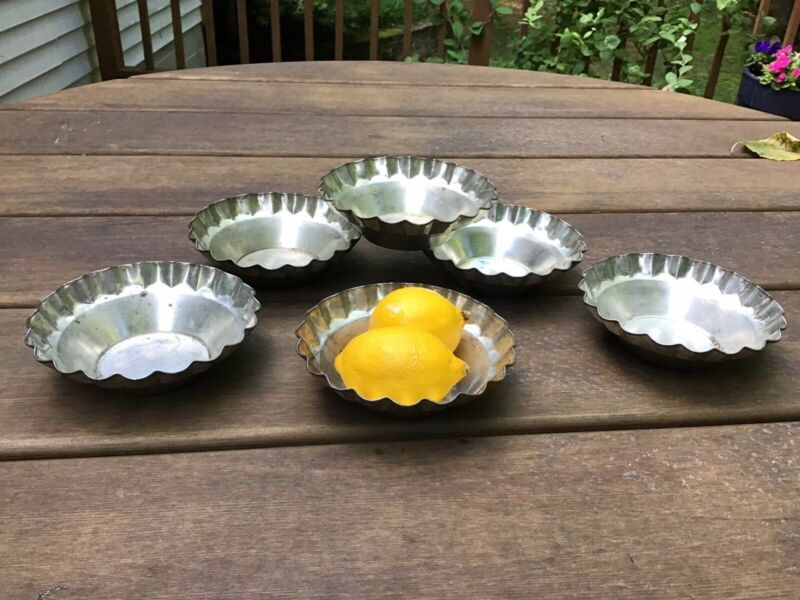 Set of 6 Vintage Mini Pie/Tart Pans, 1950's, Fluted Edge