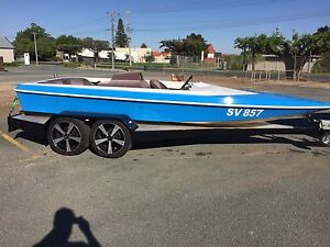Ski boat 350 chev shepirocraft worth a look Kyabram Campaspe Area Preview