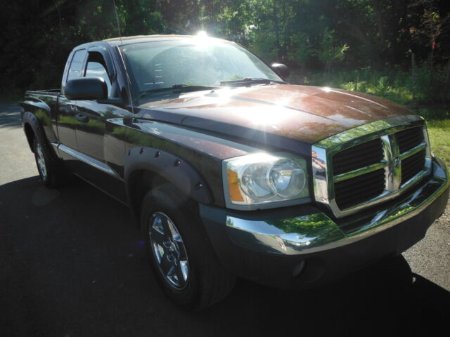 Image 1 of Dodge: Dakota SLT 4X4…