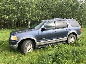 2002 Ford Explorer V8 Low KM