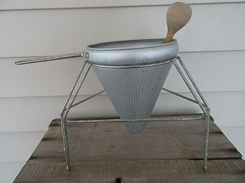 VTG  Aluminum Food Mill Ricer Cone  Tomato Strainer Sieve Colander Wood Pestle
