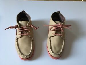 Women's size 8 Sperry Top Sider leather shoes