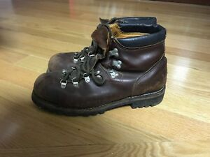 Prospector hiking boots - mens size 13