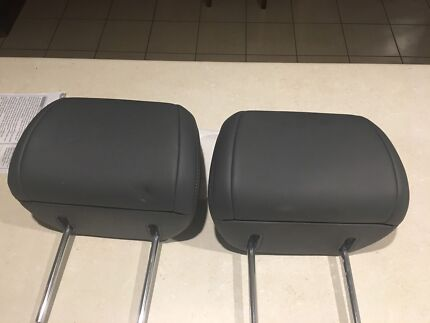 Front Seat Head Rests for 200 series